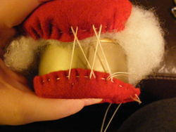 Tuna pin cushion 010